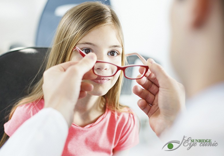 Contact Lenses and Children's Eye Doctor Eyeglasses vs Contact Lenses for Children